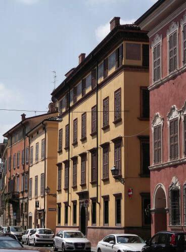 Modena_Budynek3